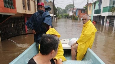 Photo of Desalojan a habitantes de Villahermosa por fuertes inundaciones
