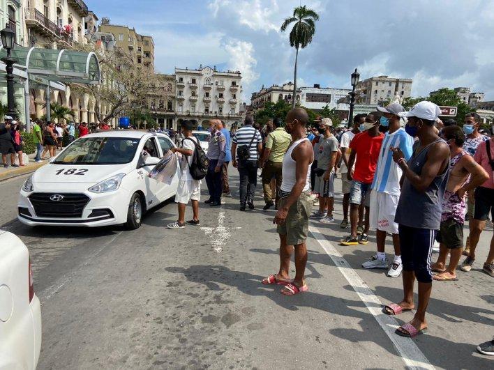 El régimen destinó cientos de hombres para contener las marchas
