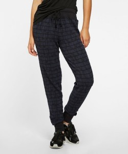 Drew Skinny Sweatpants in Navy on sale now + 15% cash back at Thread for Thought