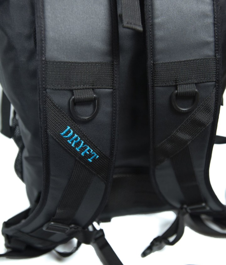 BKCNTRY fishing pack straps