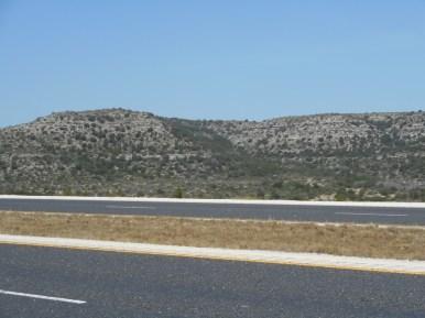 "W of Ozona TX - 16"", savannah"