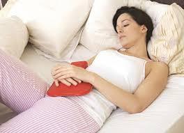woman abdomen pain