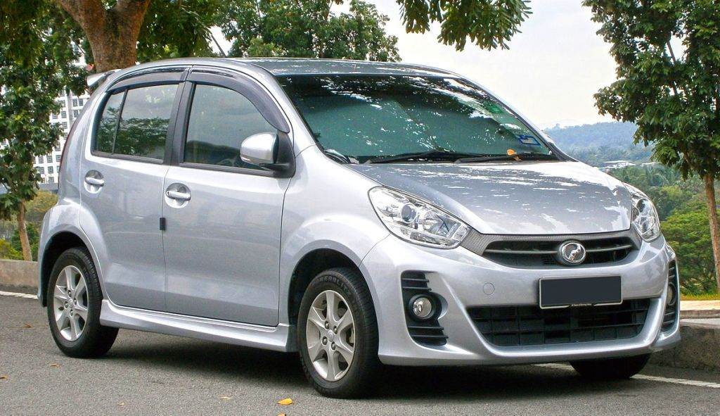 This is Perodua Myvi's front view. A good mechanic can identify the car, even the weird ones! Image courtesy of Aero7.