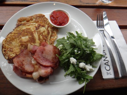 Corn fritters with funky bacon for brekkie!