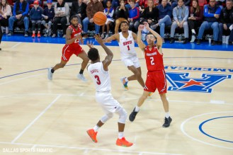 SMU guard Kendric Davis makes a pass for an alley-oop during the second half of the game against Hartford on November 27, 2019 at Moody Coliseum in Dallas, Tx. (Photo by Joseph Barringhaus/Dallas Sports Fanatics)