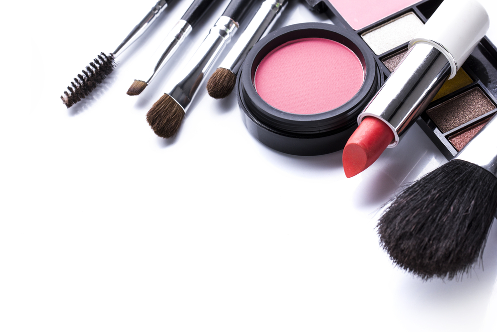 Building Your Ultimate Makeup Survival Kit Salt Lake City Blog