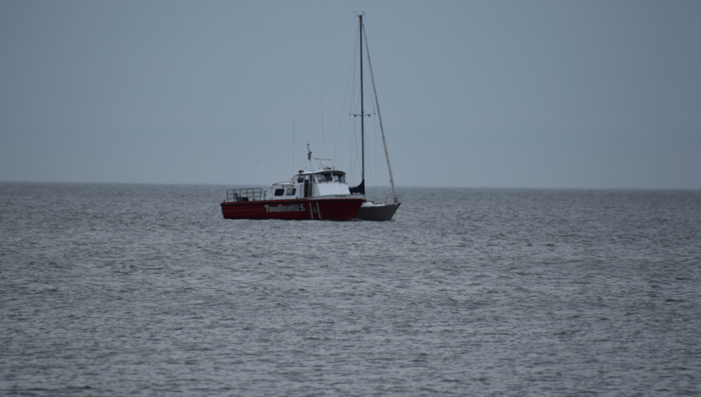 tow boat us indian river, delaware, sussex county, cape henlopen state park, sailboat maritime, beached boat