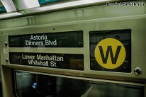 W Train Rollsign