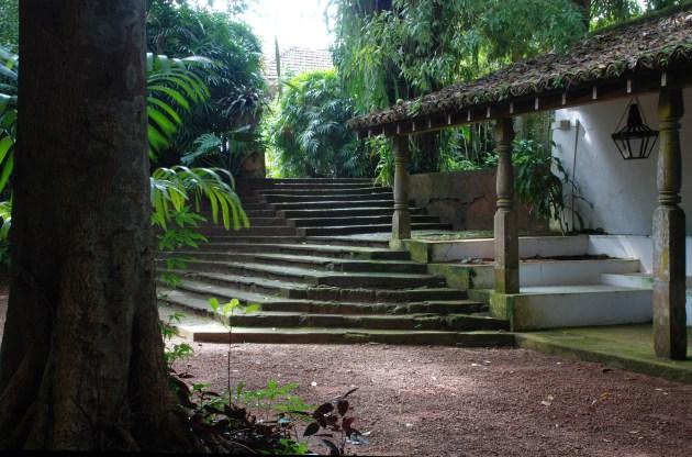 12_E_-_Lunuganga_-_Bawa's_Garden_and_Estate.
