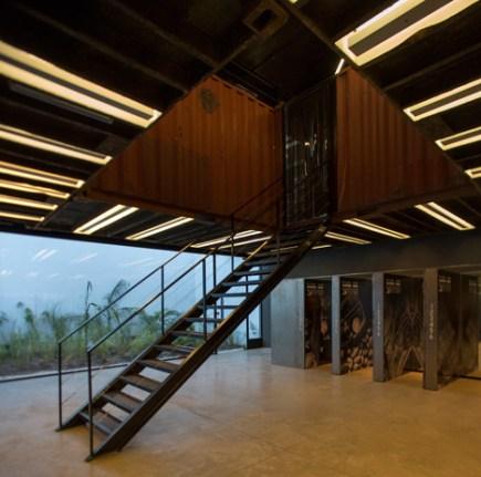 La-Plata-Store-bbcarquitectos_dezeen_468_5