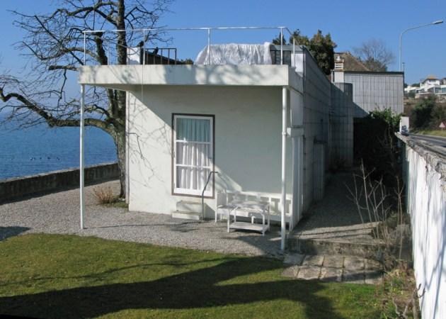 1 Villa-Le-Lac_Corseaux-Switzerland_Le-Corbusier_UNESCO_wiki-comms-mxbchr_dezeen_936_0