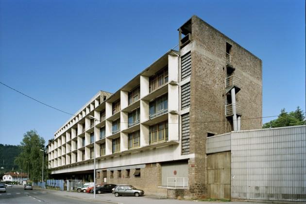 10 Usine-Claude-et-Duval-Factory-Saint-Die_France_Le-Corbusier_UNESCO_Oliver-Martin-Gambier_dezeen_936_0