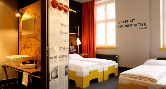 Superbude-II-hotel-hostel-by-Dreimeta-Hamburg-Germany-04