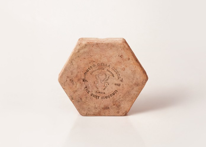 shit-museum-museo-della-merda-massimo-torrigiani-primordial-products-design-milan-2016_dezeen_1568_4
