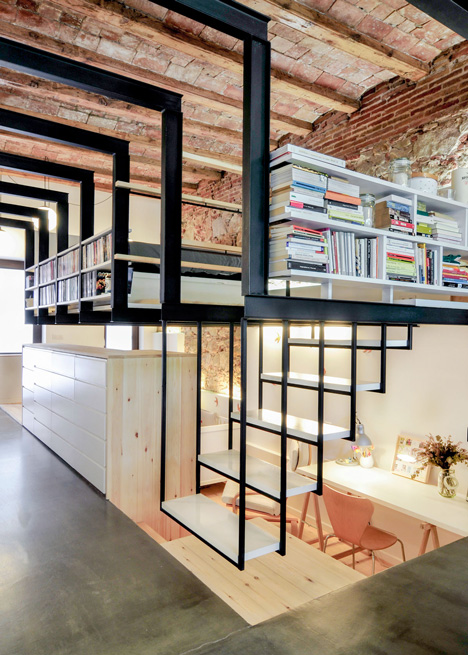 dezeen_renovation-of-an-apartment-in-barcelona-by-carles-enrich_1
