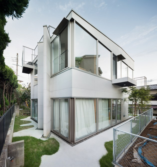 oyamadai-house-front-office-architecture-tokyo-japan-residential_dezeen_2364_col_1