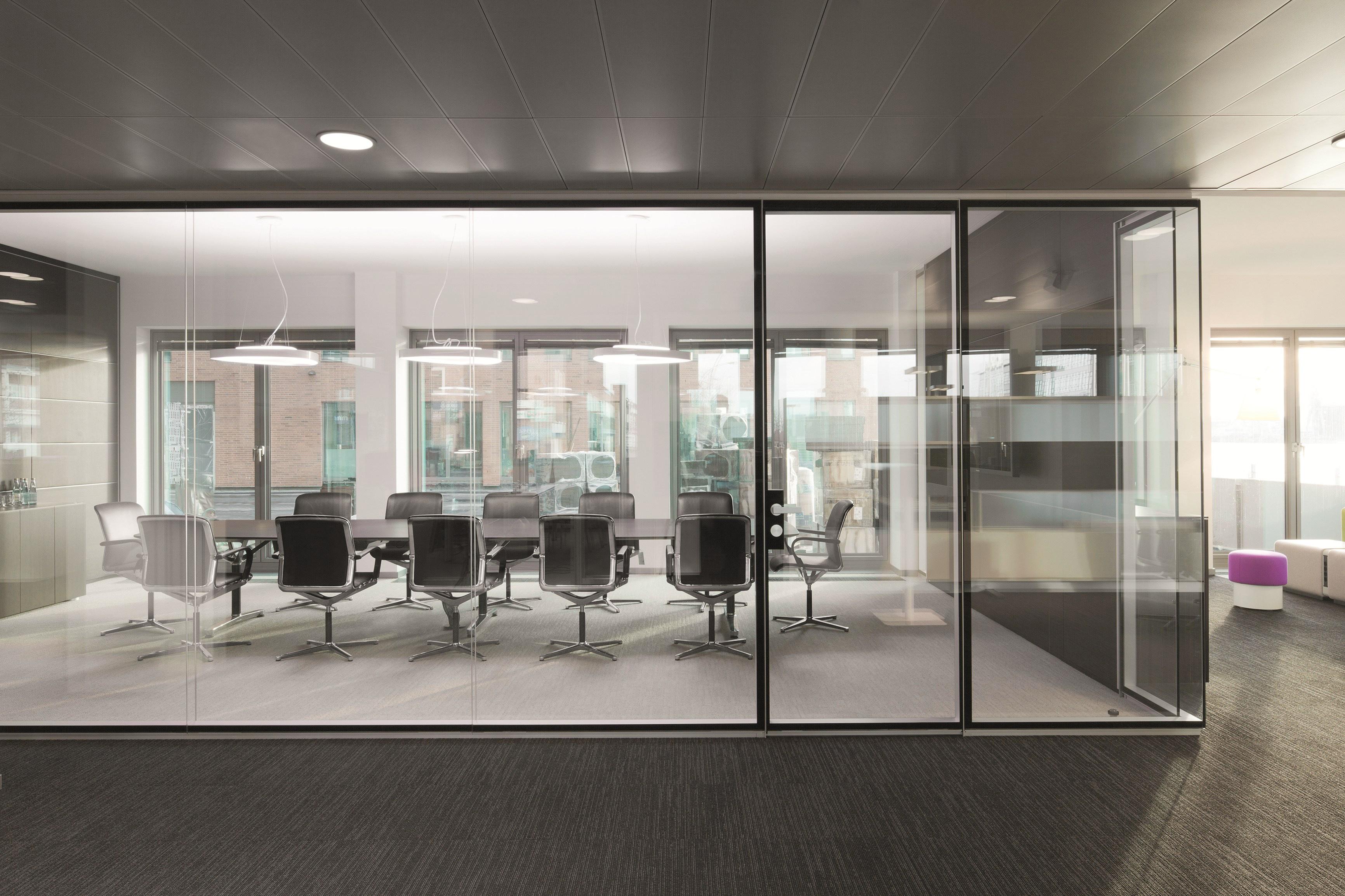 Office 13 ON