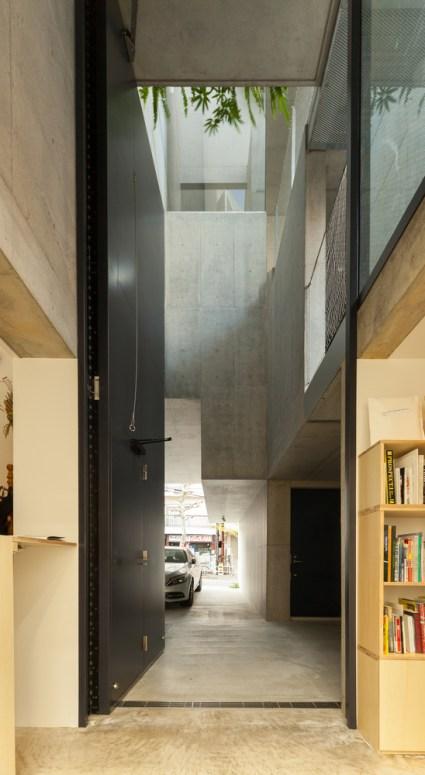 Higher_door_of_1F_Gallery(MISAKO___ROSEN)_Vincent_HECHT_MG_1705