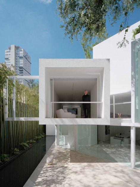 f10_rombo_iv_mexico_city_miguel_angel_aragones_photo_joe_fletcher_yatzer