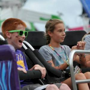 2017 Des Moines Experiences That Make Great Holiday Gifts 4 Kids – dsm4kids.com
