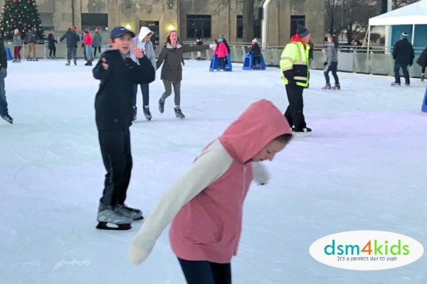 2019: Ice Skating Rinks to Visit with Kids in Des Moines - dsm4kids.com