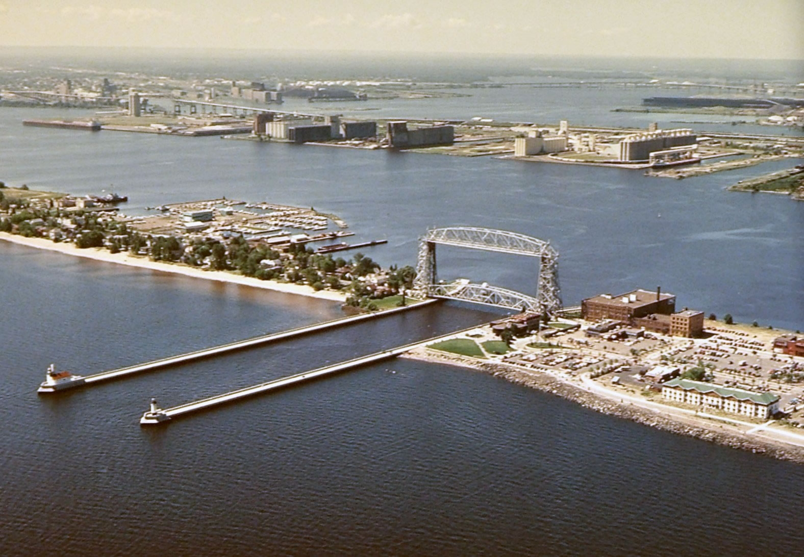 Duluth Superior S Harbor Technical Advisory Committee A Model For Successful Stakeholder