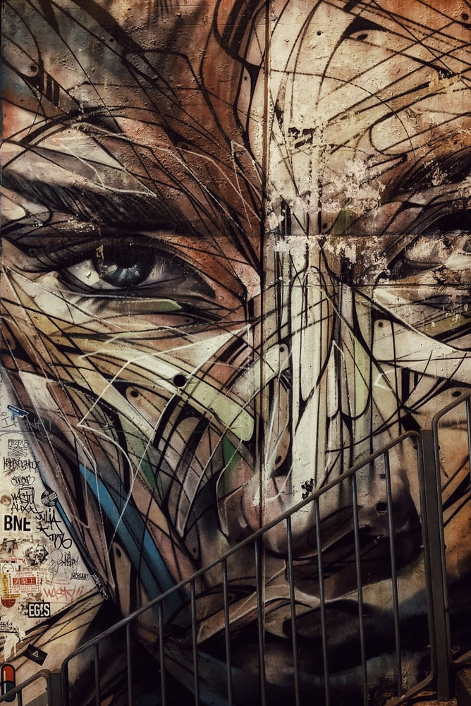 Picture-of-abstract-face