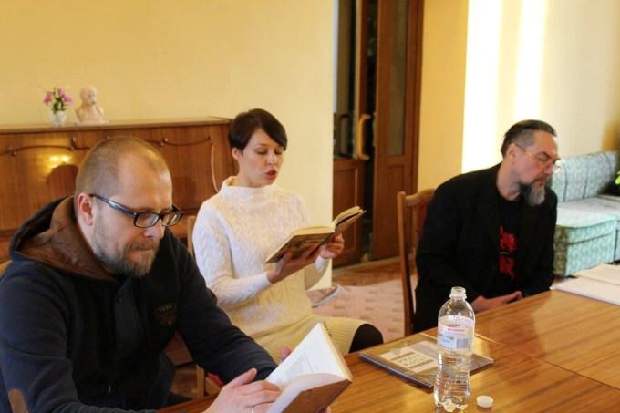 Передноворічні літературні зустрічі з відомими сучасними українськими письменниками Софією Андрухович та Андрієм Бондарем