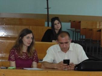 Учасники конференції Леся Хомич та доц. Богдан Лазорак