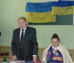 Модератор заходу професор Михайло Шалата з письменницею Антоніною Листопад