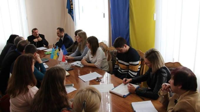 З вітальним словом до учасників спільної робочої комісії звертається очільник міста Дрогобича Тарас Кучма