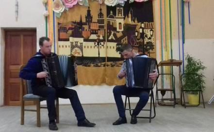 Дует - Микола Близнюк та Iван Медвiдь