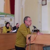 Директор навчально-наукового інституту фізики, математики, економіки та інноваційних технологій доцент Юрій Галь