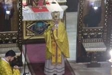 Уділяє благословення отець Мирослав Соболта