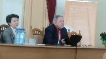 Мирослав Маринович представляє свою роботу «Митрополит Андрей Шептицький і принцип «позитивної суми»»