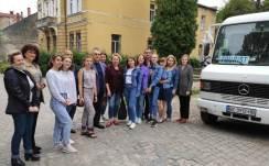 Перед поїздкою групи студенток до Кременця, настанови та побажання декана і заступників декана філологічного факультету та викладачок.