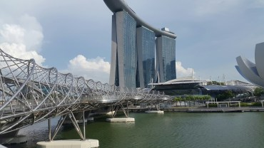 Helix Bridge & Marina Sands