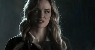 DT2ComicsChat Killer Frost Caitlin Snow Danielle Panabaker