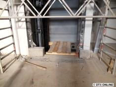 Bald wird wohl ein Boden eingebaut werden können.