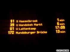 """Im FIMS gab es zudem ein Fehler, jeder zweite von zwei Ersatzbussen der """"S16"""" fuhr laut FIMS als U1 zum Lattenkamp. Alle 10 Minuten soll der Bus gefahren sein, gesehen habe ich leider niemanden."""