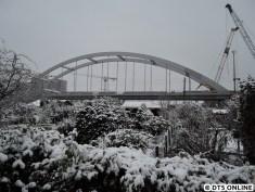 Die S1-Brücke von besagter Haltestelle aus