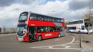 Auch Wessex ist mit Doppeldeckern unterwegs: Hier ein Wright Eclipse Gemini 2 auf Volvo B9TL Fahrgestell auf der zweiten Linie 1 auf dem Weg nach Bristol City Centre.