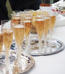 Copas de Champagne en Fiesta Privada