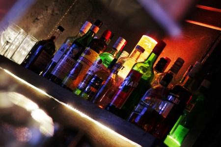 Nuestros Barmans sirven todo tipo de combinados