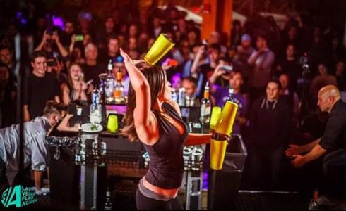 Flair Bartender para Barras de Cocteleria