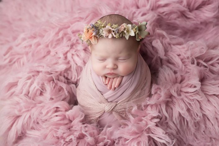 Baby Photographer Glasgow - baby with floral crown