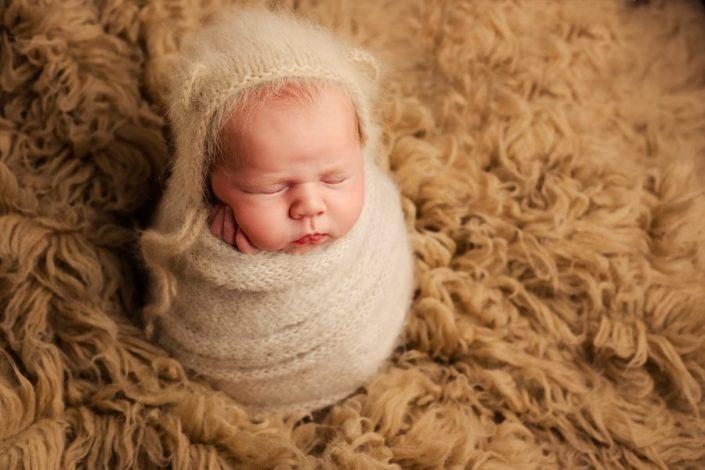 Newborn Photography Training Glasgow - bear hat