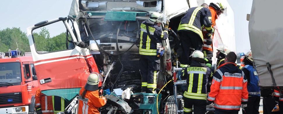 Zahl der Verkehrstoten steigt auch 2012 weiter