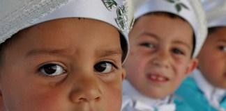 Beschneidung: Eine Debatte geht um die Welt