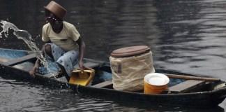 Watergate 21: Ein Weltkonzern betreibt Wasserhandel